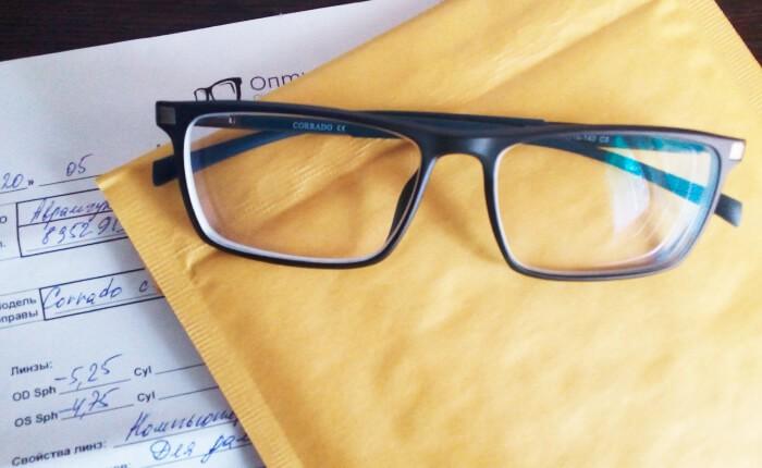 Изготовили астигматические очки с компьютерными линзами.