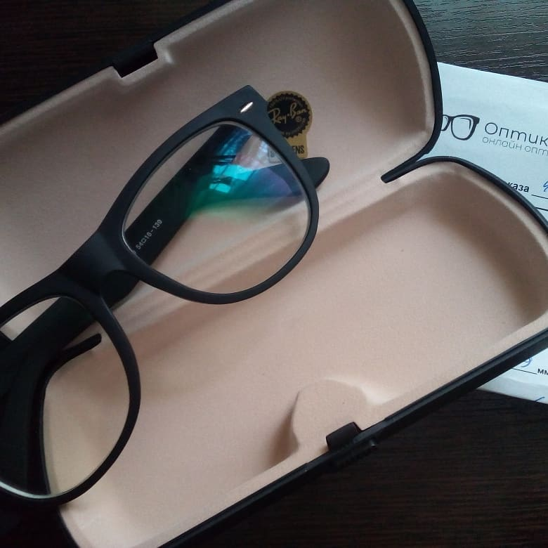 Готовы фотохромные очки (хамелеоны)